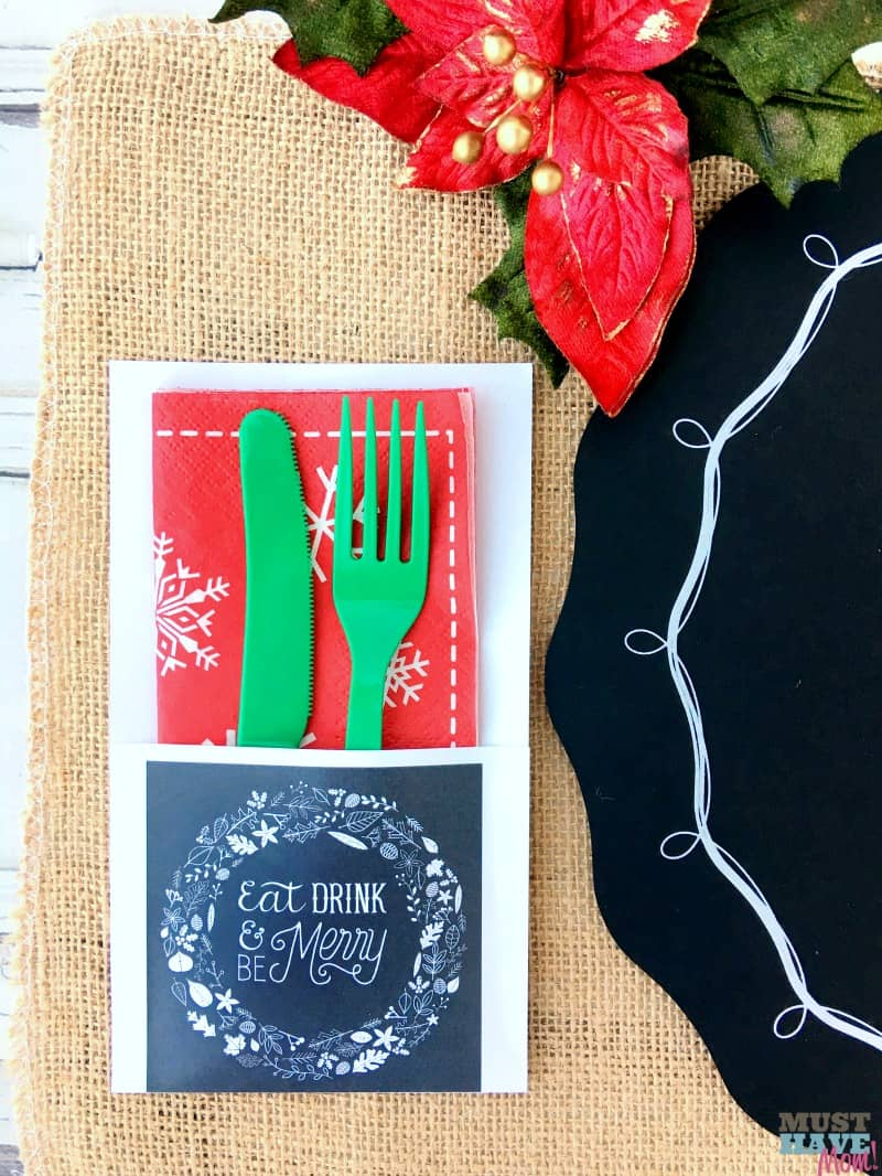 Free rustic Christmas party printables and rustic gift tag printables. These are so charming! Pair with burlap and chalboards for a rustic look! Free christmas invitations, party food signs, gift tags, place setting, signs and more!