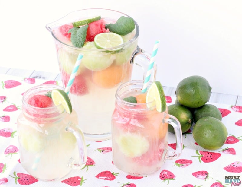 sparkling white grape juice punch