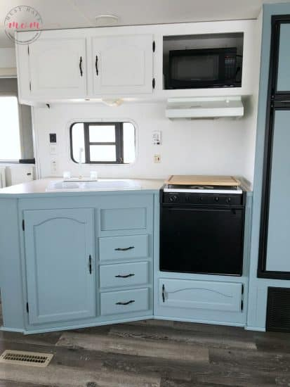 2 Tone Cabinets With Beyond Paint Nantucket Must Have Mom