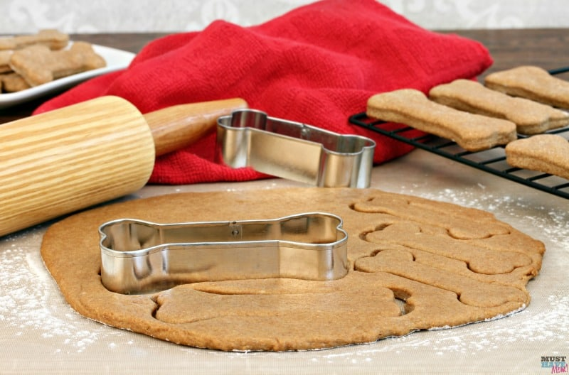 Homemade dog treat recipes. Make your own chicken dog biscuits with this easy recipe for dogs.