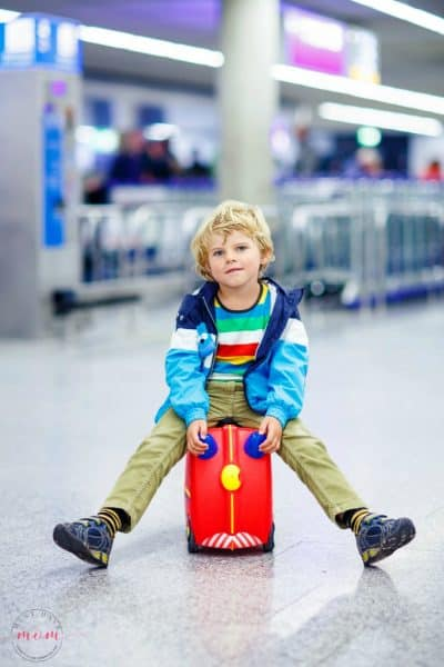 Travel With Kids: How To Fly With Kids And Keep Your Sanity!