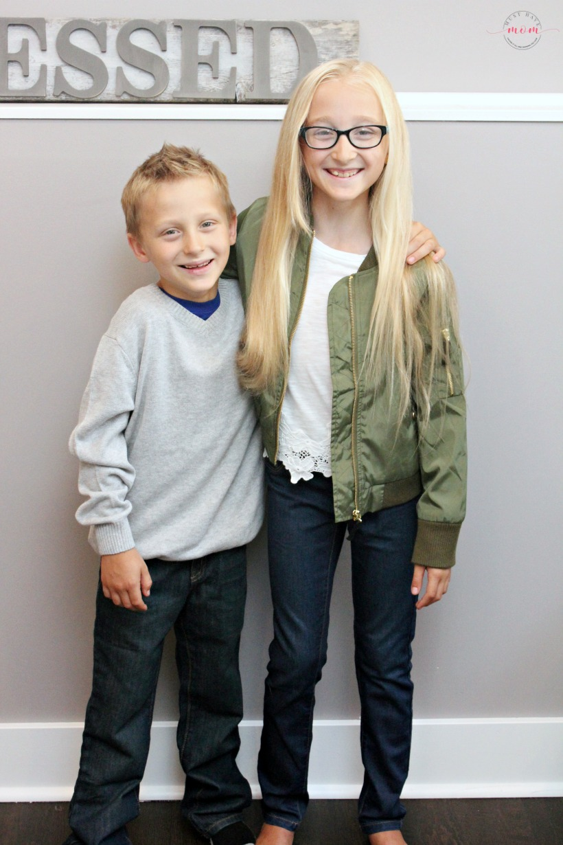 Back to school outfits for kids! Mix and match outfit ideas for boys and girls elementary age.