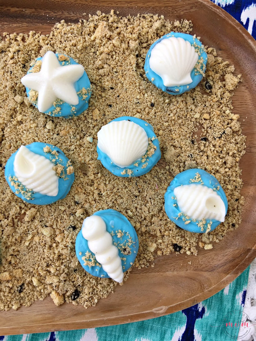 Quick And Easy Seashell Cookies For A Beach Party Fun Moana Themed Shell Oreos