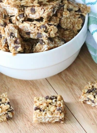 Healthy Oatmeal Chocolate Chip No Bake Bars