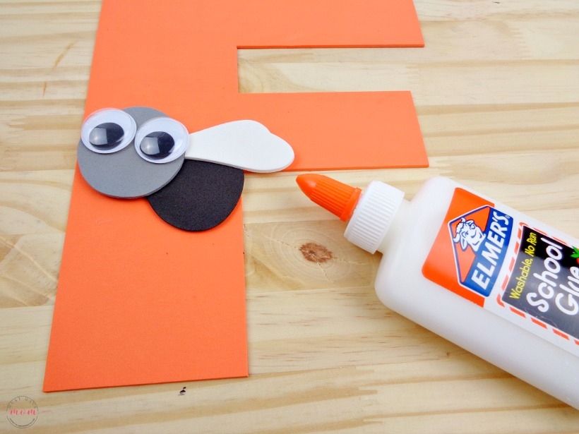 Weekly letter craft ideas. F is for fly kids craft idea. Educational kids activity
