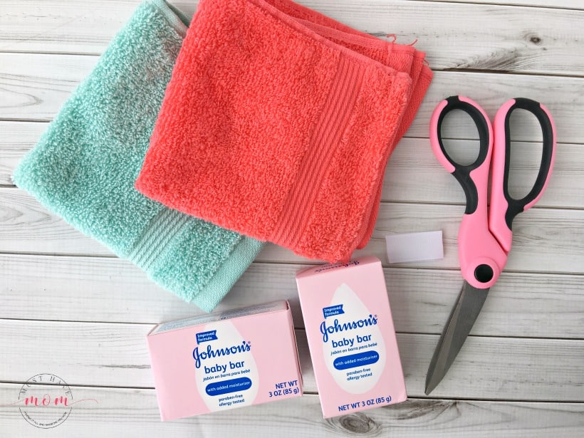DIY Kids Soap Pouch! Make this really easy kids soap DIY to help them suds up without dropping slippery soap!