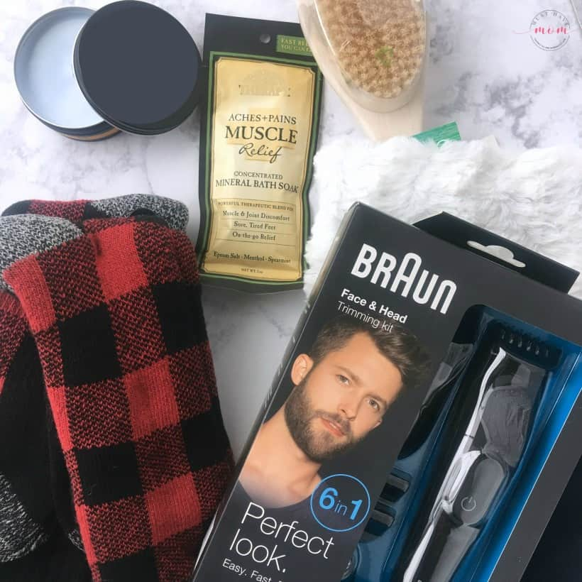 Stocking stuffers for men & stocking stuffers for women! Great stocking stuffer ideas.