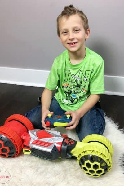 Hot Wheels Ballistik Racer Vehicle HOT holiday toy alert! Christmas gift idea for boys