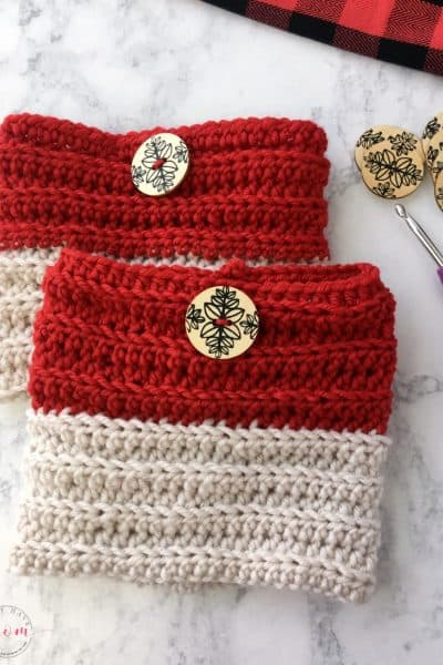 Easy reversible crochet boot cuffs free pattern perfect for beginners. Great crochet gift idea!