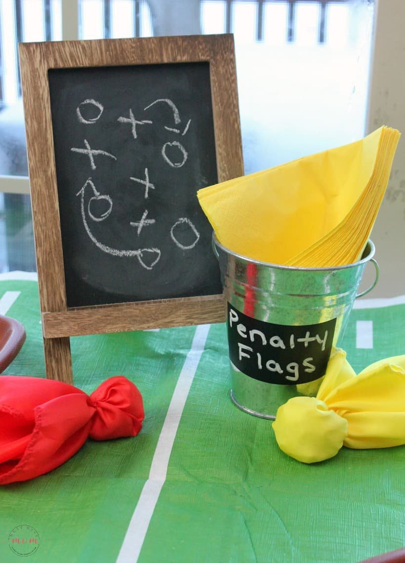 Quick and easy football party ideas for a pinterest-worthy big game party without all the work! Best football party appetizers!