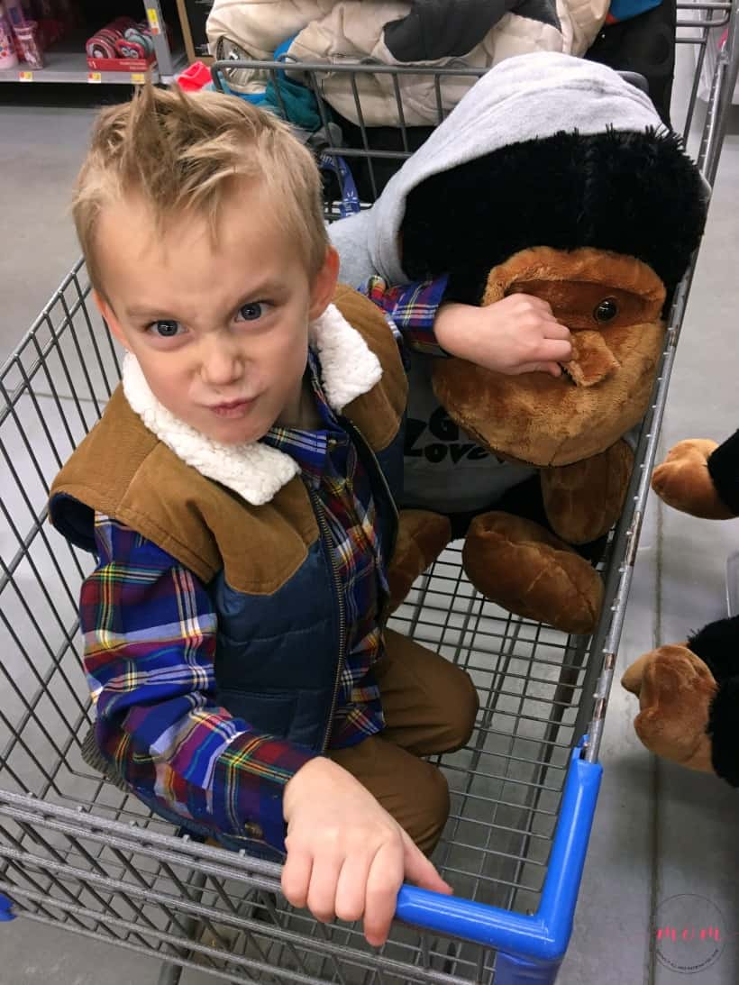 Why you should use Walmart online grocery pick up and avoid toddler meltdowns while grocery shopping!