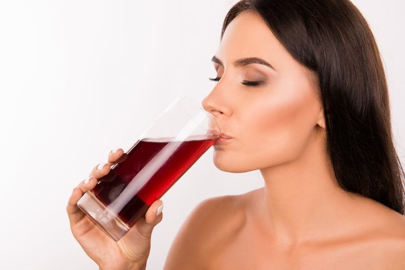 Besides being good for your heart, there are other benefits of drinking grape juice