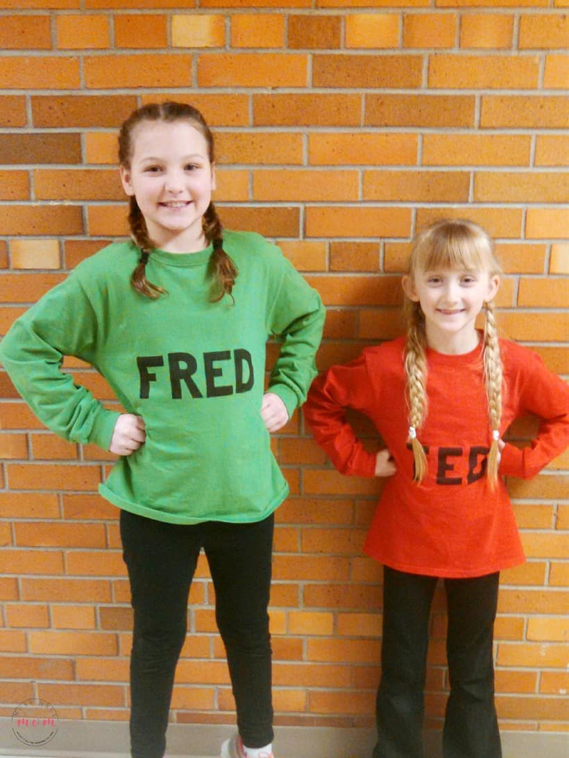Dr Seuss Costumes and Storybook character costumes for kids. Dr Seuss dress up week ideas  sc 1 st  Must Have Mom & Homemade Dr Seuss Costumes u0026 Storybook Character Dress Up Ideas ...
