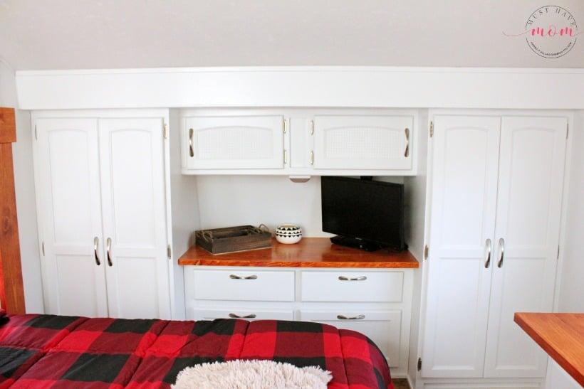RV master bedroom closets