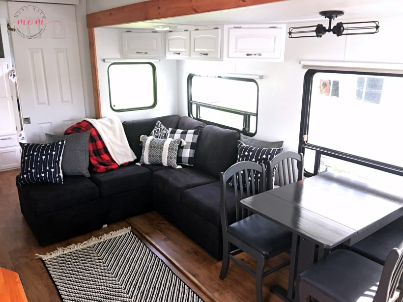 fifth wheel camper couch and table