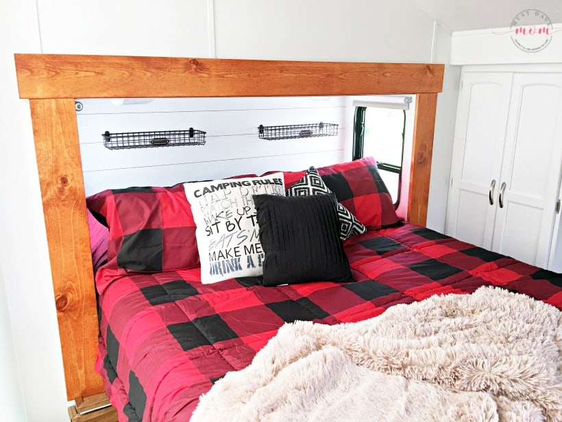 Plaid buffalo check bedding