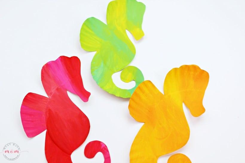 seahorse paper plates craft
