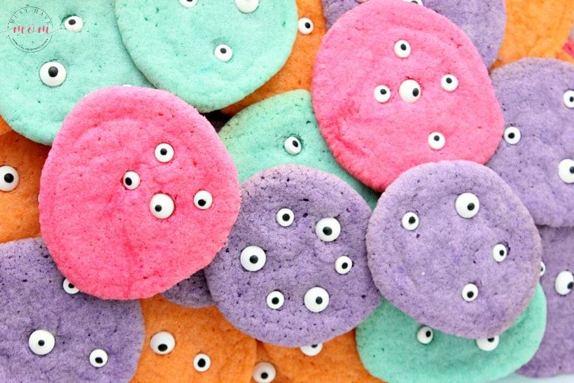 eyeball monster cookies