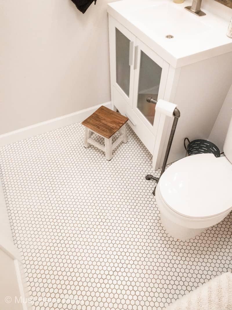 farmhouse style bathroom tile