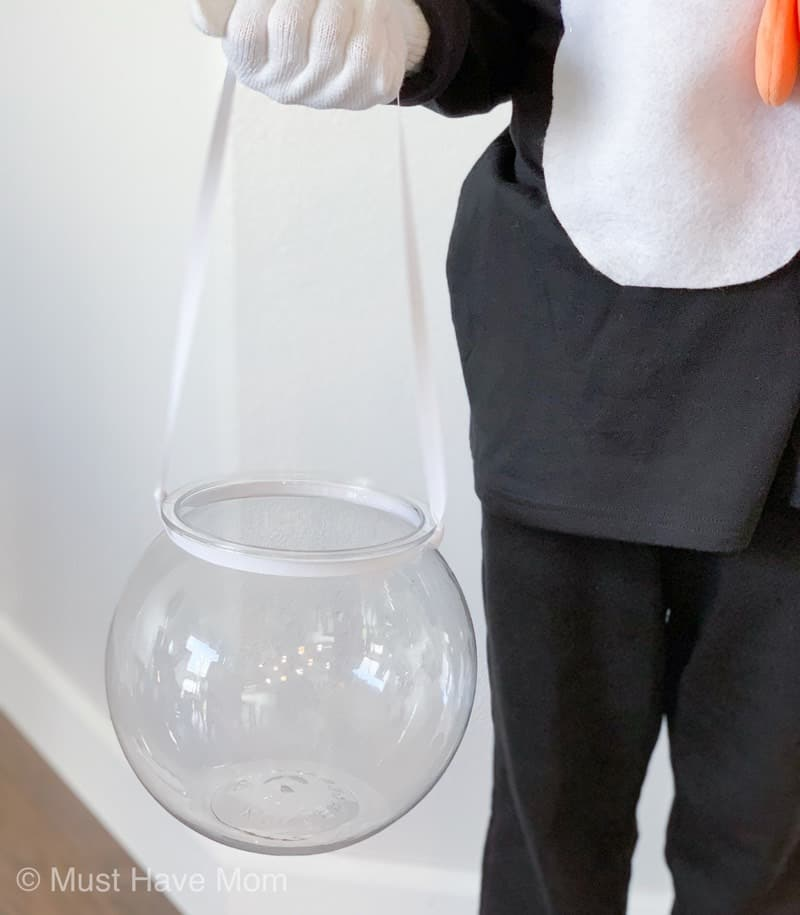 how to make a fishbowl trick or treat bag