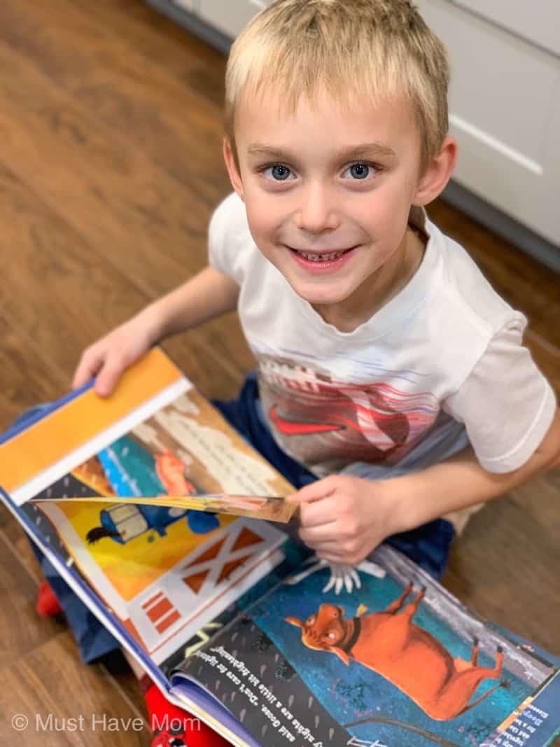 reading to kindergarten children