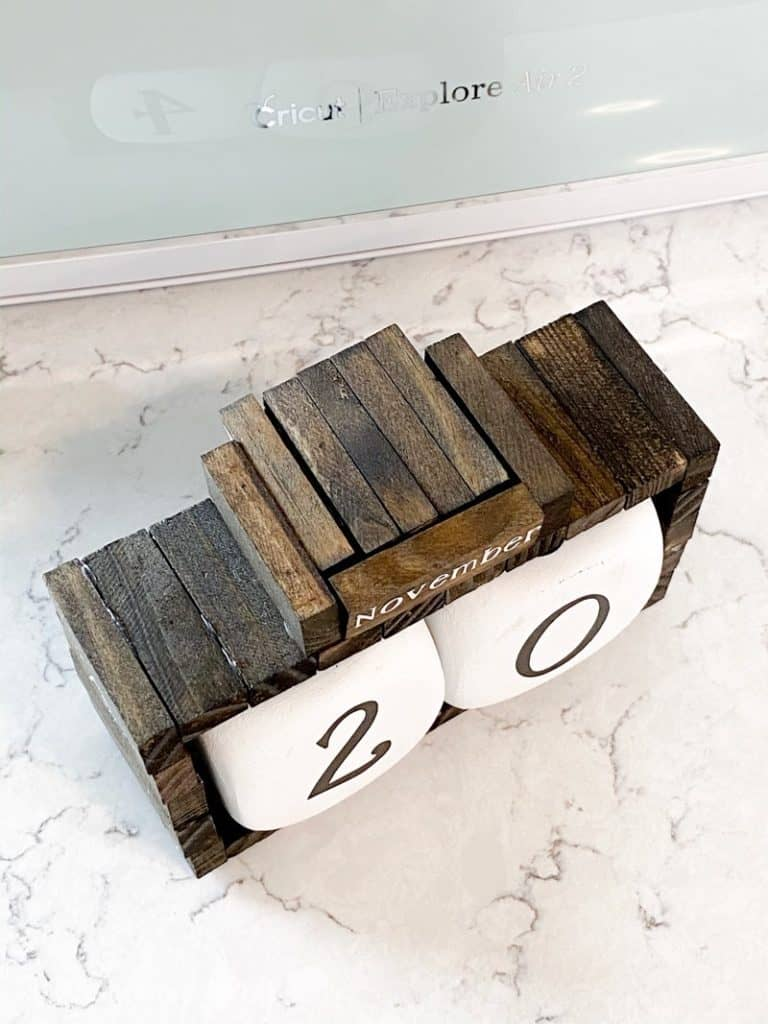wood block calendar DIY