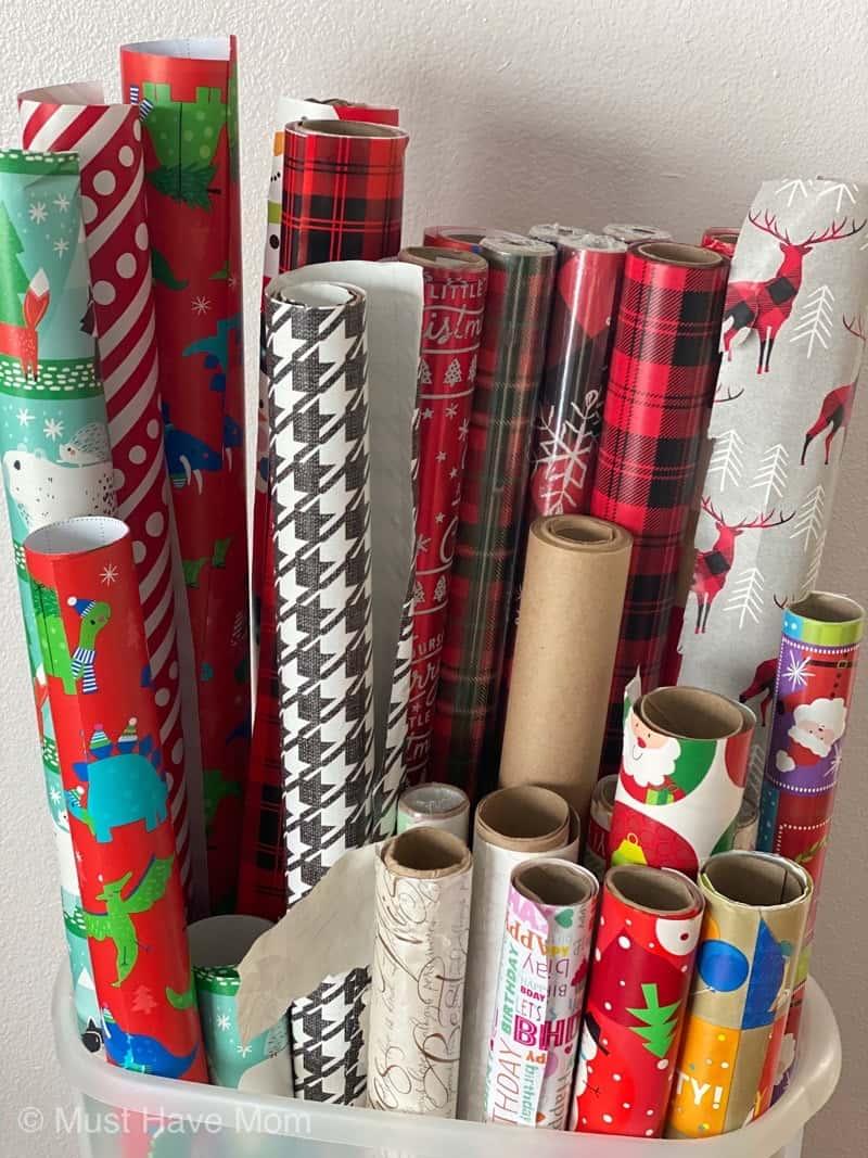 Wrapping paper saran wrap ball alternative