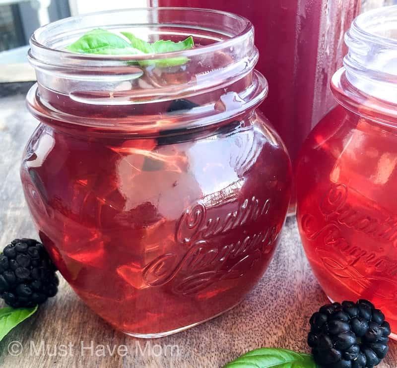 easy blackberry iced tea