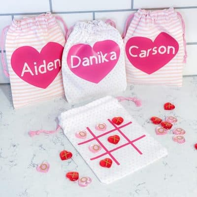 Cricut Valentine's Day Tic Tac Toe Bags