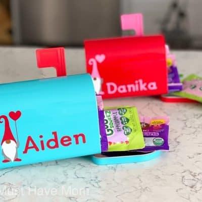 DIY Valentine's Day Mailboxes