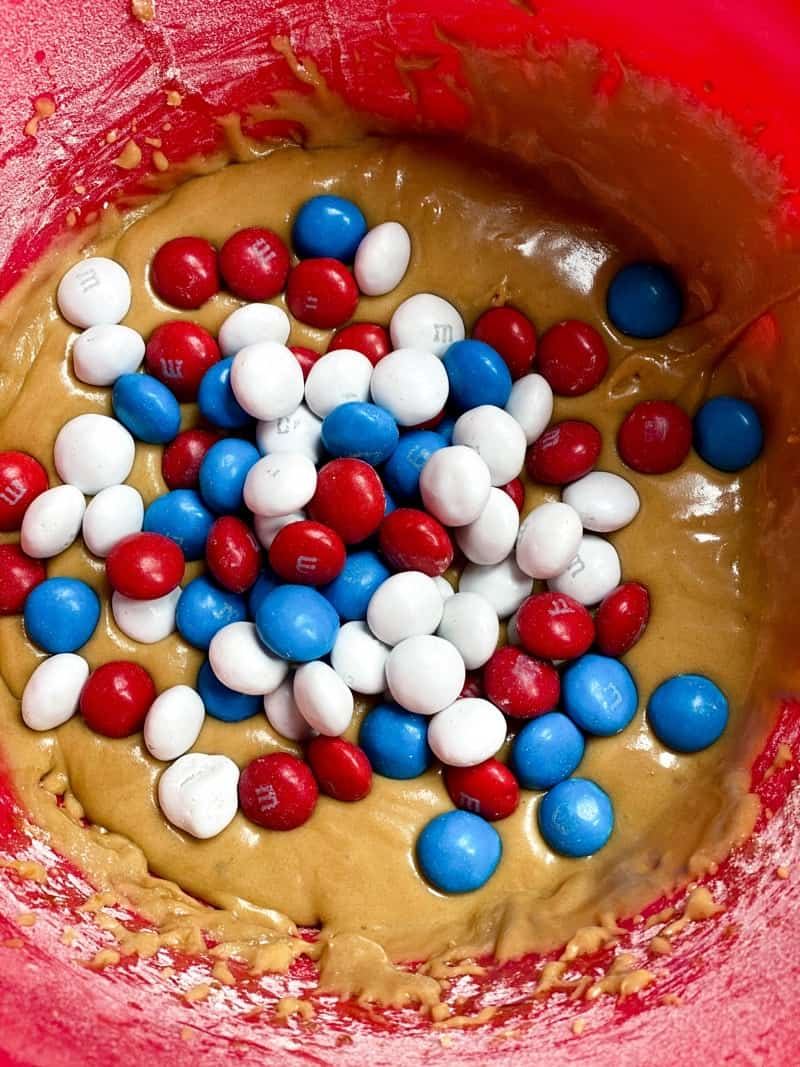 how to make m&m cookie bars