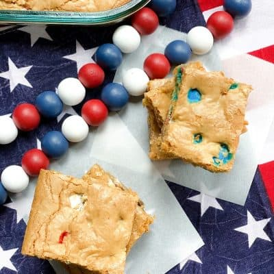 4th of July M&M Cookie Bars Recipe