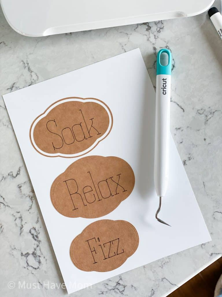 how to write and cut labels on Cricut joy