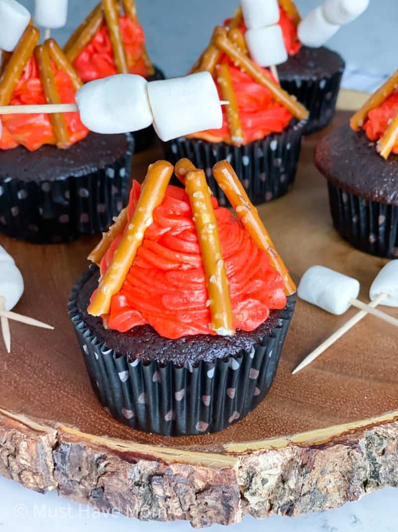 campfire cupcakes for camping party