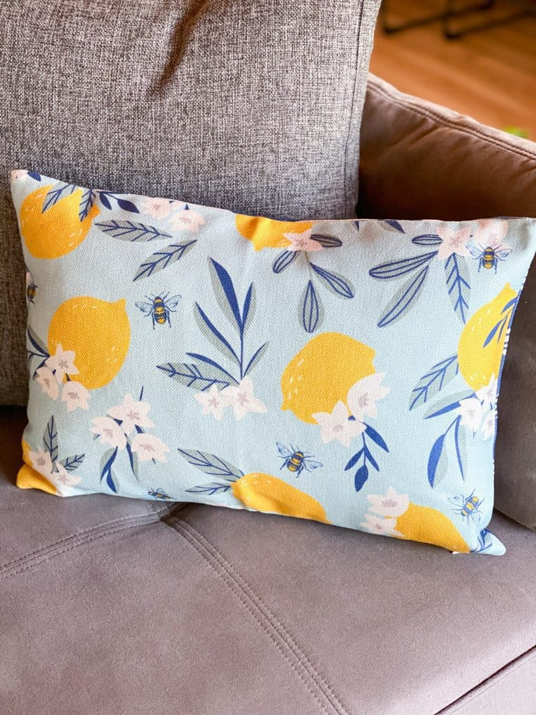 Decocrated Pillow cover